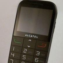 Produkt dla seniorów: komórka czy radio? - Alcatel One Touch 2000