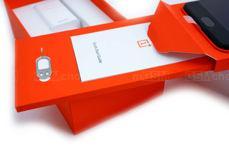 Elementy zestawu OnePlus 5