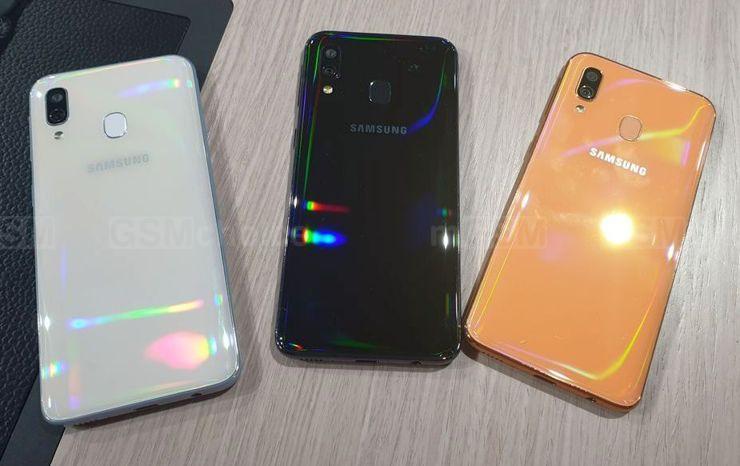 Samsung Galaxy A42 wywodzi sięod budżetowego Galaxy A40.
