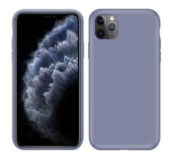 iPhone X po modyfikacji z udziałem naklejki i pokrowca