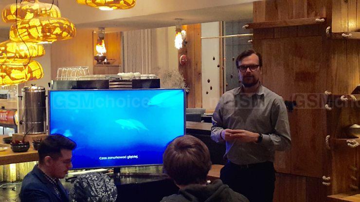 Prezentację prowadził Jerzy Łabuda z PR Samsunga